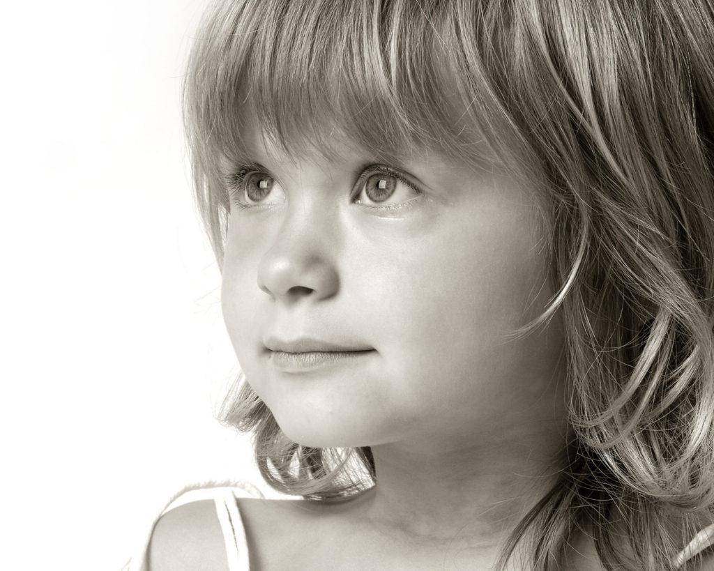 barnfotografering_alice&syskon-0088