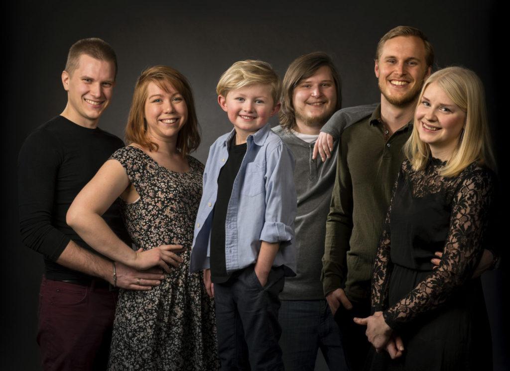 porträttfotografering_henrik&syskon-9176